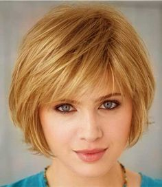 Beautiful short layered blonde hairstyle