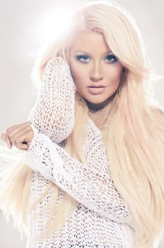 Long Straight Blond Hair - Christina Aguilera Hairstyles