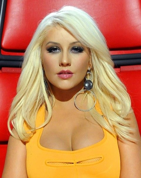 Long Blond Hair - Christina Aguilera Hairstyles