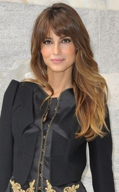 Long wavy hairstyle with bangs or long faces