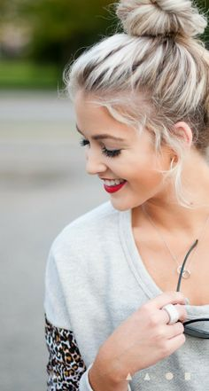 Messy bun for blonde hairstyles