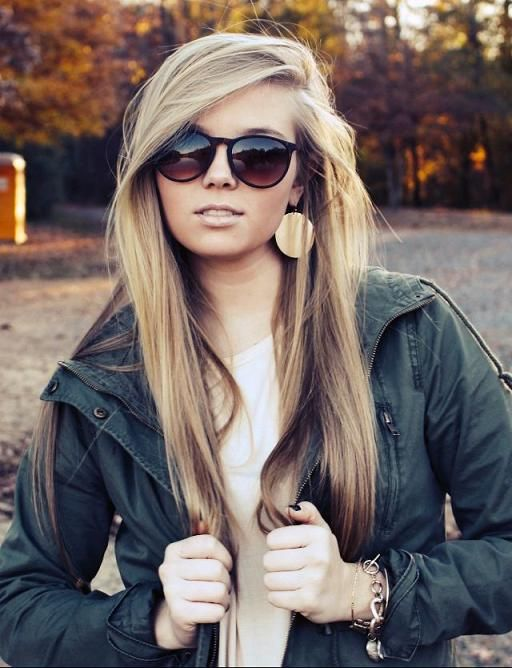 Long blonde straight hairstyle