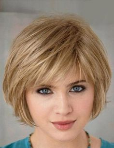Short hairstyle with bangs for blonde hair
