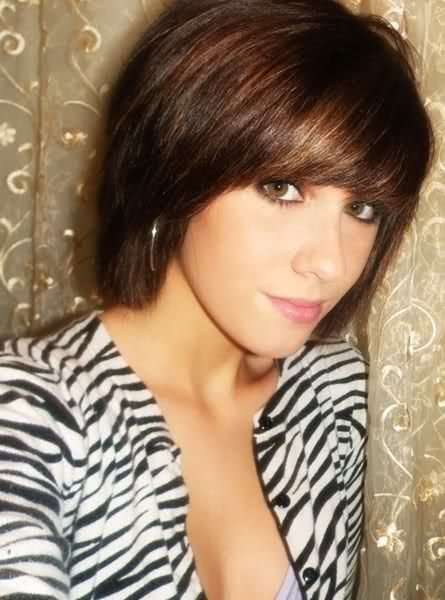 Layered short hairstyle with bangs