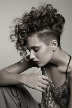 Mohawk hairstyle for curly hair
