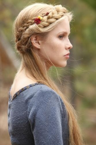 Beautiful crown braided hairstyle for long hair