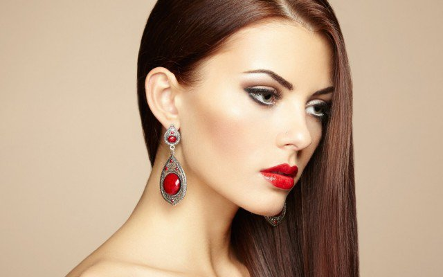 Red Lip Makeup Idea and Brunette Straight Hair