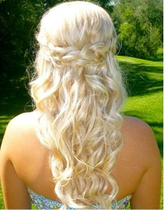 Braided white hairstyle for prom look