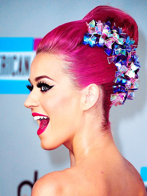 Light pink colored topknot - Katy Perry hairstyles
