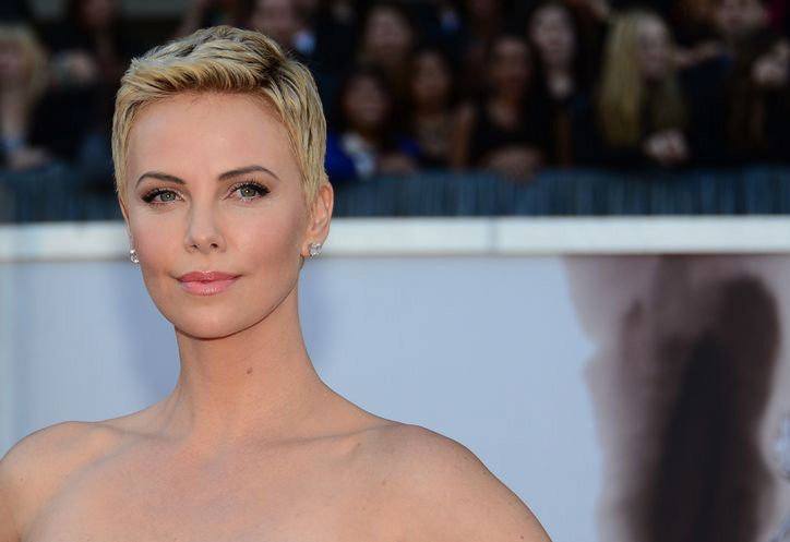 Charlize Theron's short haircut