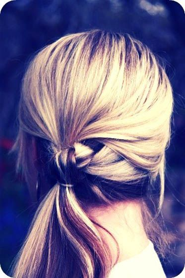 Classic knotted ponytail look
