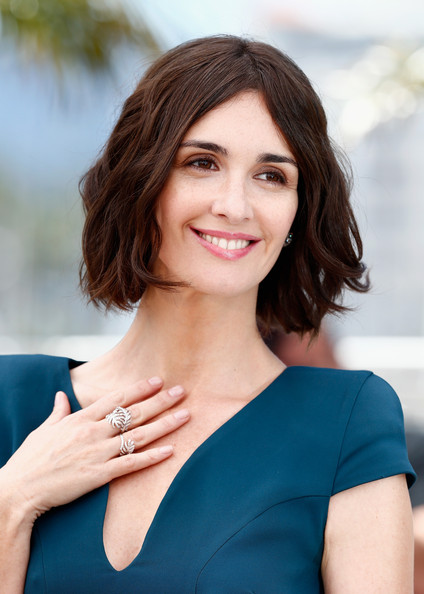 Paz Vega Short wavy haircut