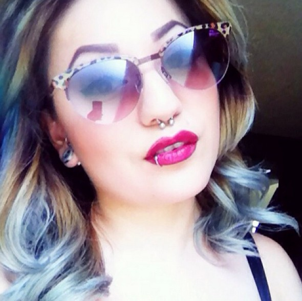 dirty blonde-blue-gray wavy hairstyle for summer