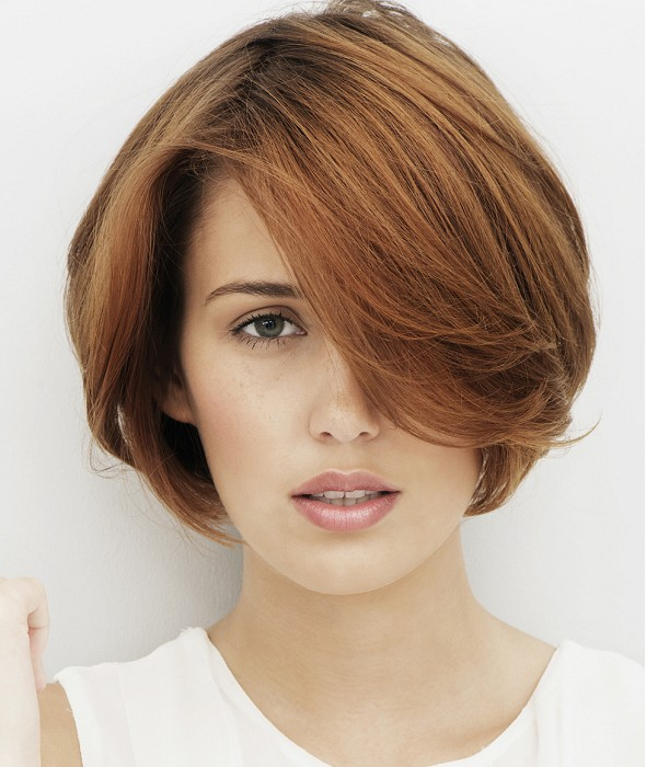 Stunning short hairstyle for women