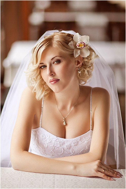 Nice short wedding hairstyle