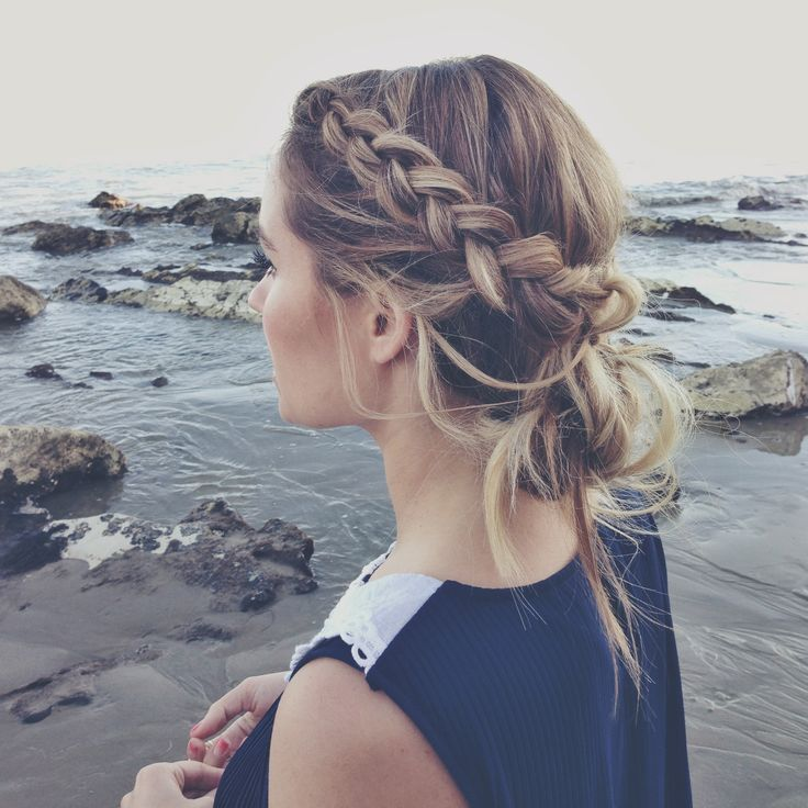 Loose braided buns