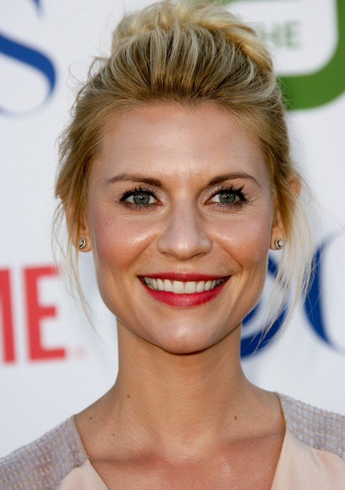 CLAIRE DANES & # 39; PULLED BACK PERFECTION