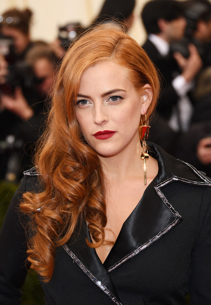 Riley Keough side sweep hairstyle