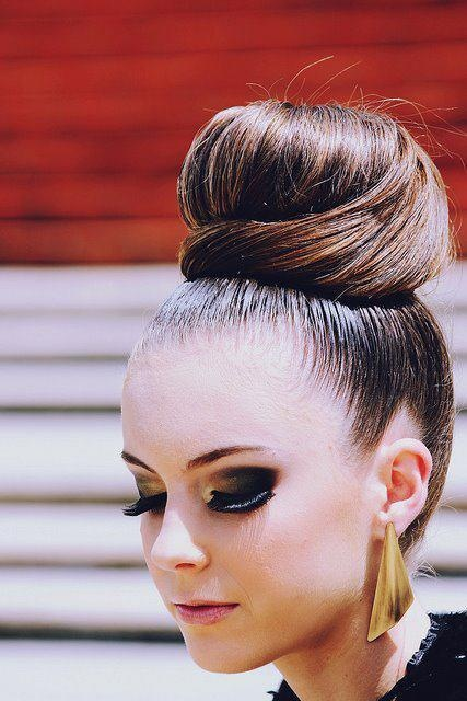 Large hair bun hairstyle