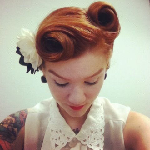 "Retro look ""width ="" 458 ""srcset ="" https://lilostyle.com/wp-content/uploads/2020/02/1582844196_770_Hairstyles-Vintage-Updo-for-Every-Girl.jpg 480w, https://www.lilostyle.com/wp -content / uploads / 2014/05 / Retro-Look-200x200.jpg 200w, https://www.lilostyle.com/wp-content/uploads/2014/05/Retro-Look-120x120.jpg 120w ""sizes ="" (max-width: 480px) 100vw, 480px ""/>  <p id="