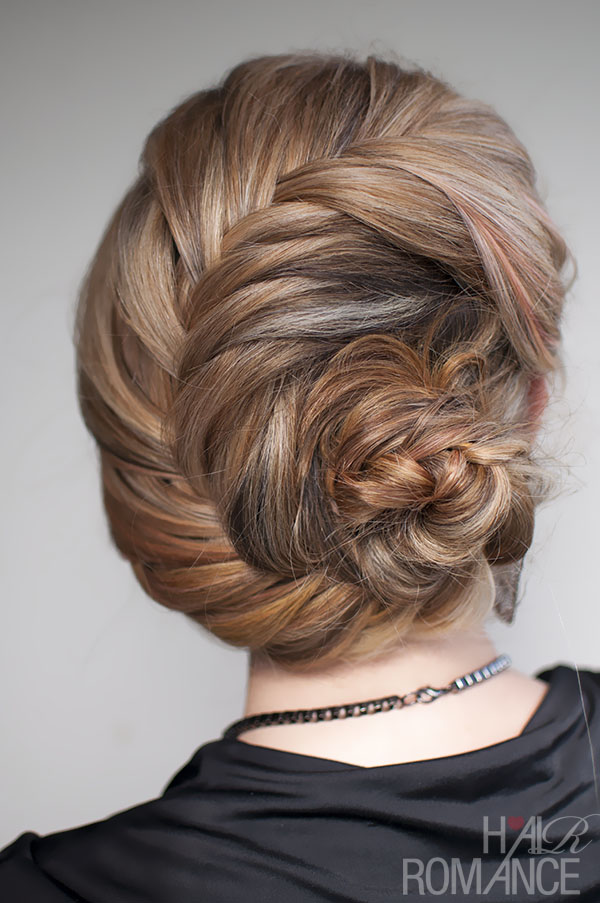 Fishtail braid roll