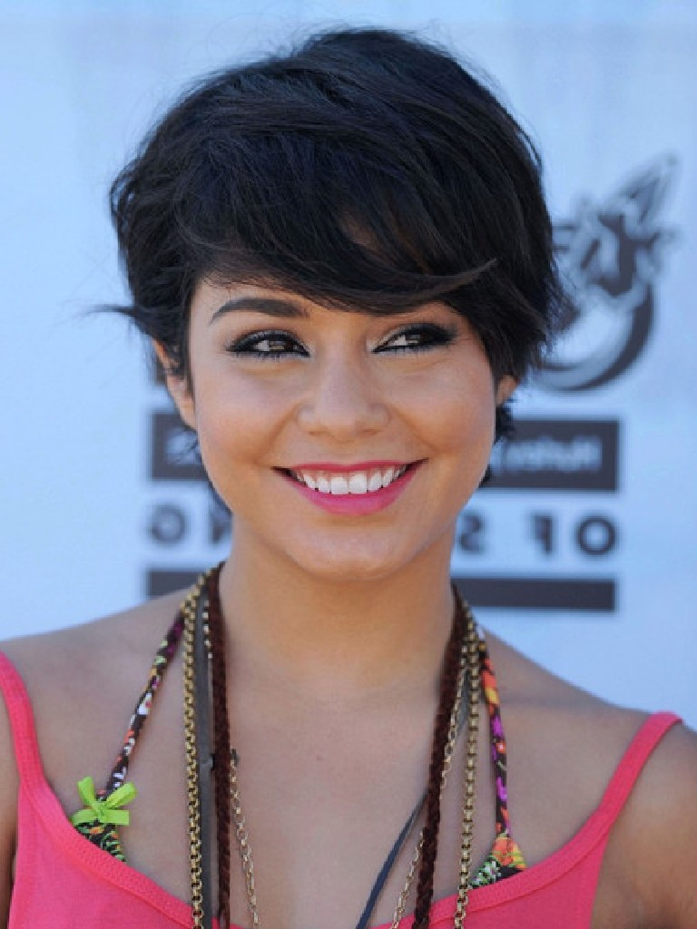 Short hairstyle for black hair