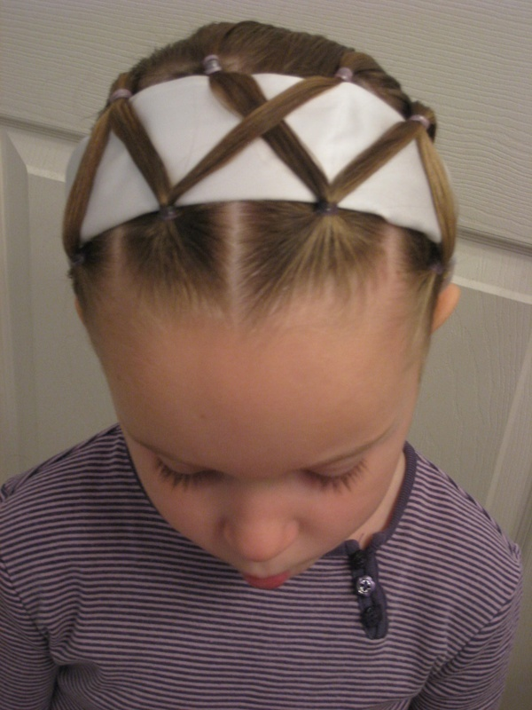 Headband hairstyle for little girls over
