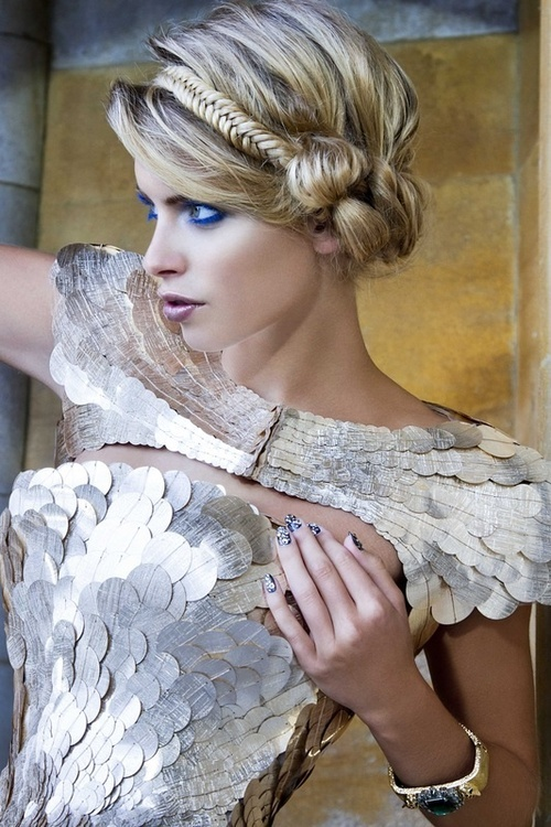 15 stunning cosplay-inspired hairstyles for young women