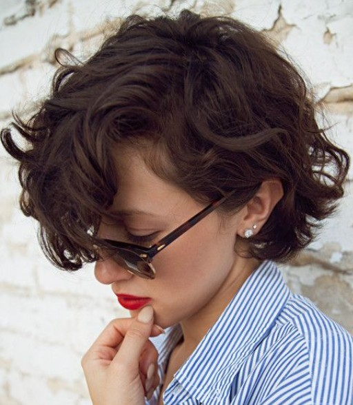 Short hair with side part