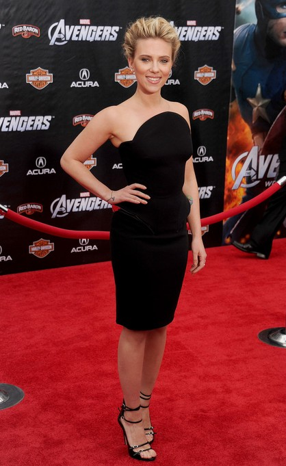 Scarlett Johansson at the premiere of The Avengers LA, 2012