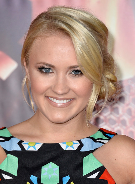 Romantic hairstyles for the lower updo for every occasion: Emily Osment stuck marigolds