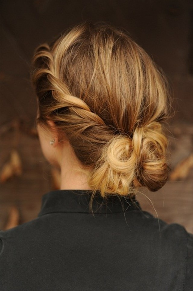 Loose braided hairstyles: casually bound look