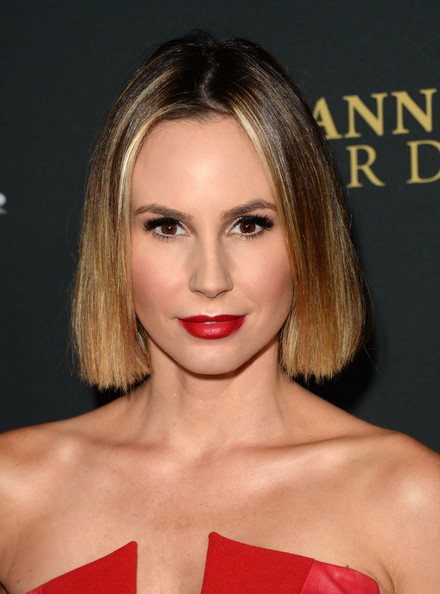 Keltie Knight Short Straight Cut