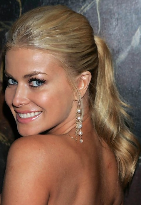 Carmen Electra Hairstyles: Loose Ponytails