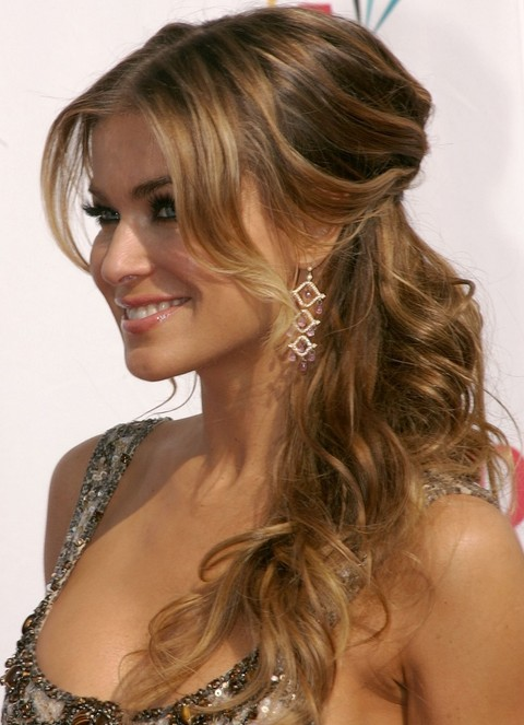 Carmen Electra Hairstyles: Curly Half-Up Half-Down