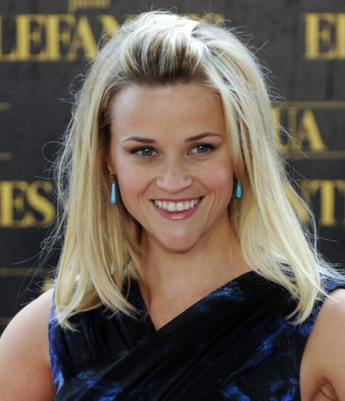 Reese Witherspoon Medium Length Hairstyle: Straight Haircut