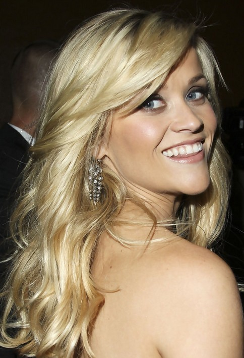 Reese Witherspoon Long Hairstyle: Layered Hair