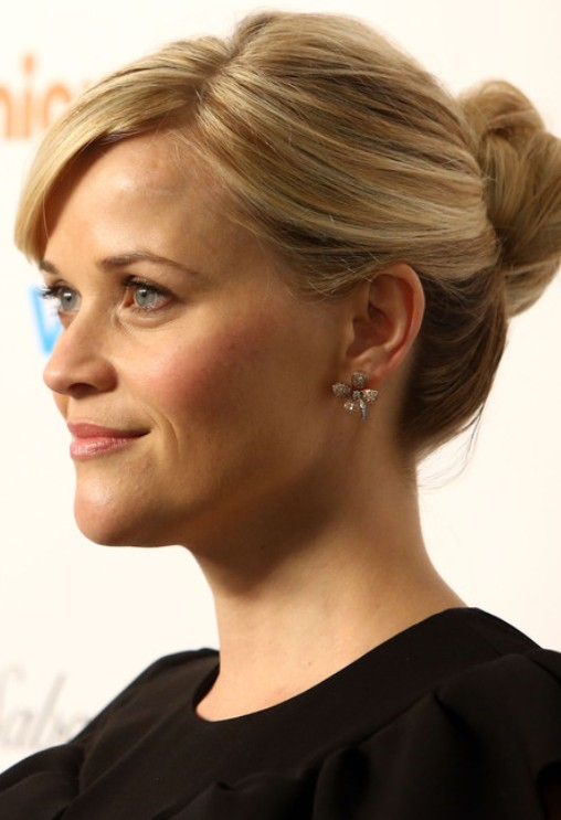 Reese Witherspoon Updo Hairstyle: Twisted Bun