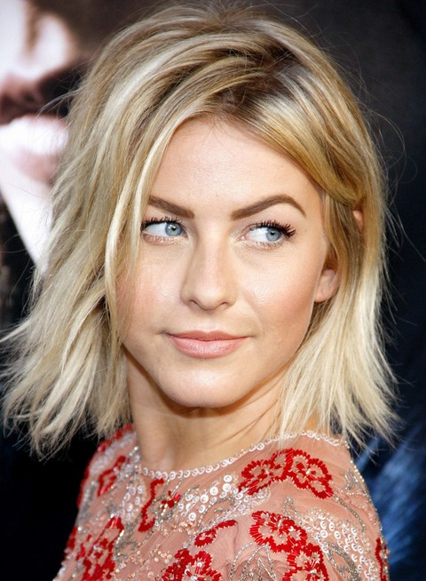 Julianne Hough Hairstyles: Messy Bob
