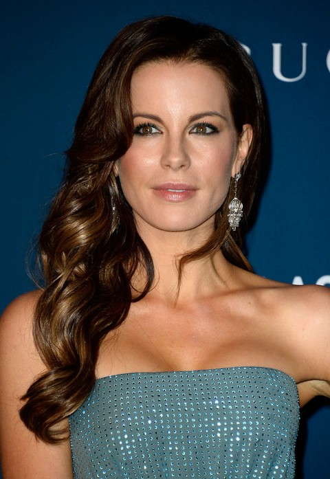 Kate Beckinsale Hairstyles: Long Curly Side Swept