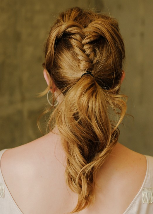 20 tutorials on braided hairstyles: fishtail braid ponytail