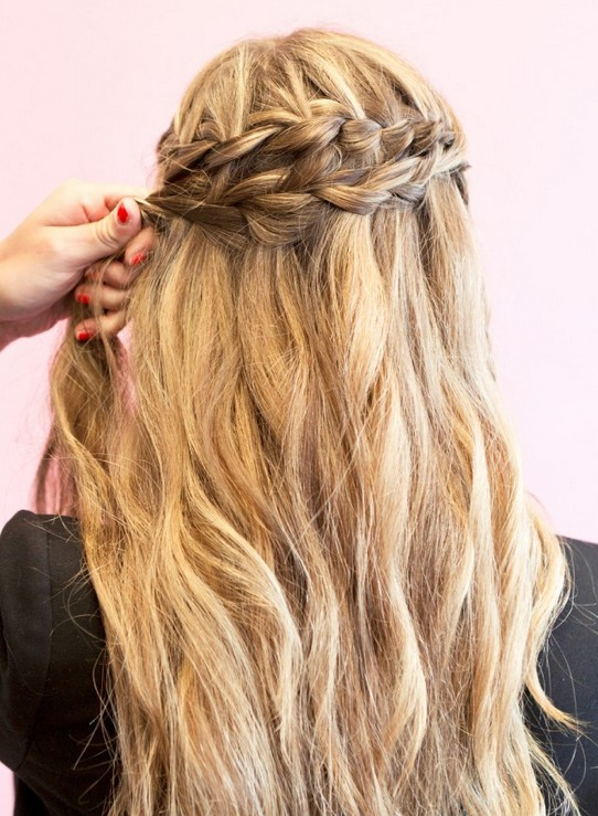 20 tutorials on braided hairstyles: how to style waterfall braids