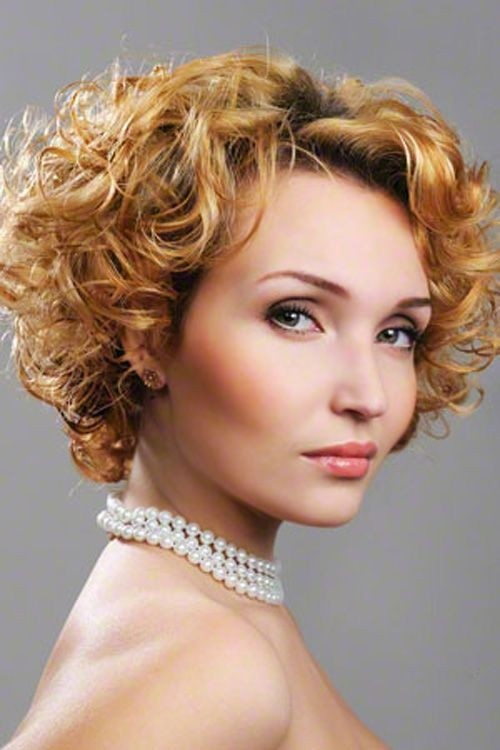 Blonde curly hairstyle for women