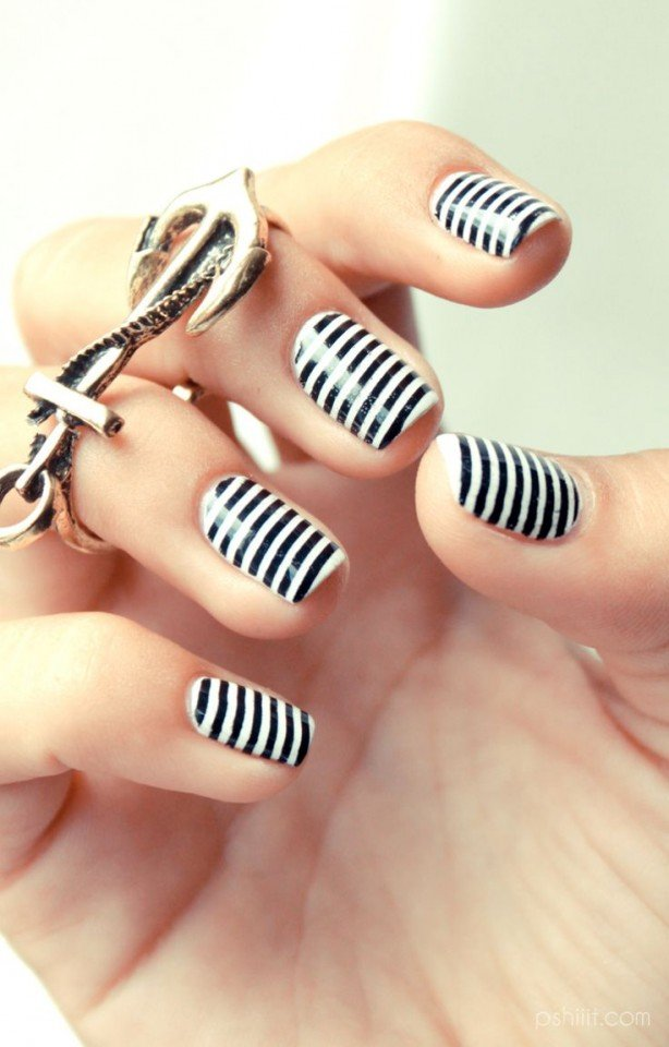 Black and white striped nail art