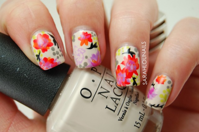 Yellow flower nail design
