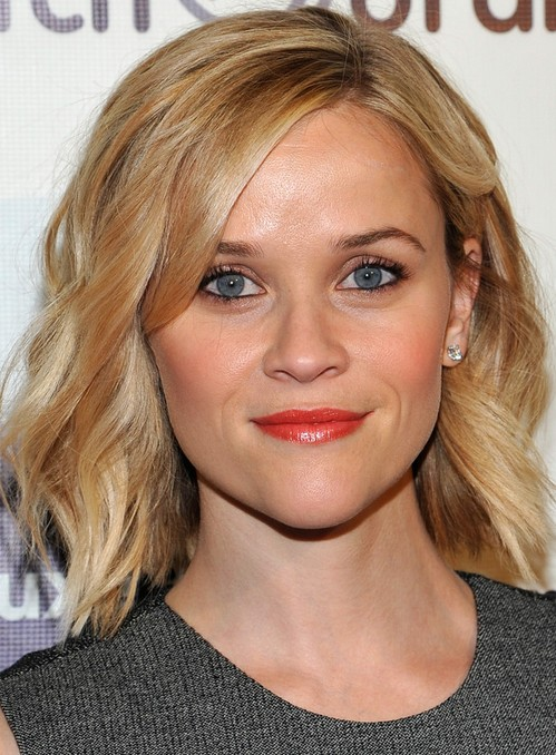 Reese Witherspoon Medium Length Hairstyle: 2014 Subtle Waves