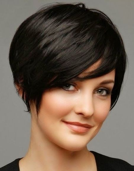 Black short hairstyle for thin hair