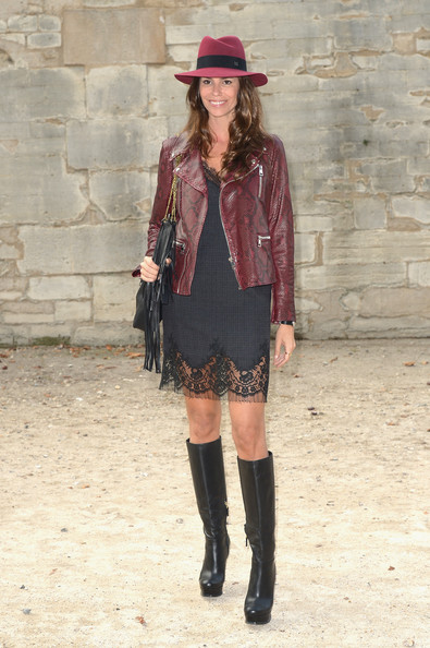 Christina Pitanguy autumn outfit with knee-high boots and leather jacket
