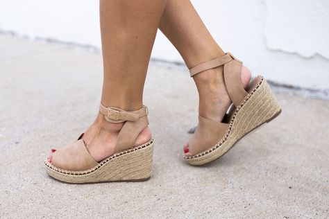 This adorable wedges are a must have! They would be the perfect .