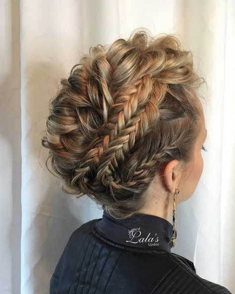 27 Super Trendy Updo Ideas for Medium Length Hair - PoPular Haircu